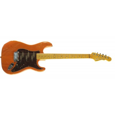 G&L COMANCHE (Clear Orange. 3-ply Tortoise Shell. maple). № CLF51196. Made in USA